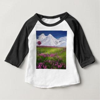 T-shirt Pour Bébé montagnes neigeuses