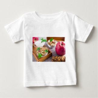 T-shirt Pour Bébé Nourritures saines pour le petit déjeuner