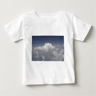 T-shirt Pour Bébé Nuages à 30.000 pieds d'une fenêtre d'avion