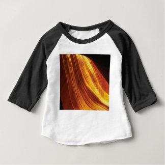 T-shirt Pour Bébé orange et écoulement rouge