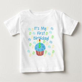 T-shirt Pour Bébé Petit gâteau bleu avec de bougie l'anniversaire