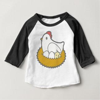 T-shirt Pour Bébé Poulet avec des oeufs