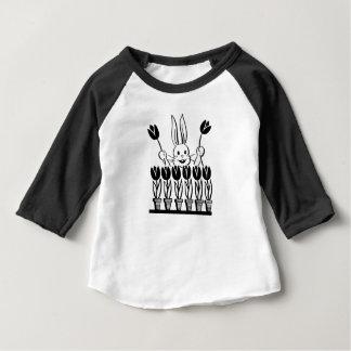 T-shirt Pour Bébé Rétro lapin et tulipes mises en pot
