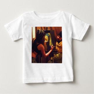 T-shirt Pour Bébé Rootbeer olive joint le peintre de poulet d'équipe