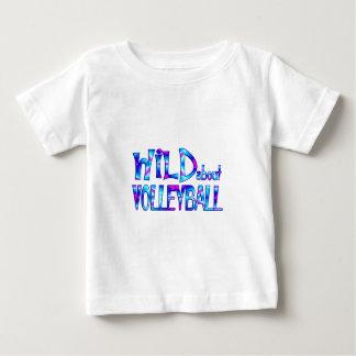 T-shirt Pour Bébé Sauvage au sujet du volleyball