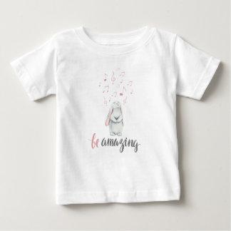 T-shirt Pour Bébé Stupéfie le lapin de musique