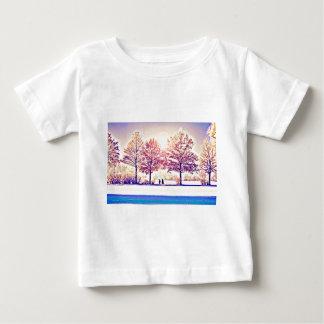 T-shirt Pour Bébé Une balade dans les bois
