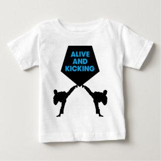 T-shirt Pour Bébé Vivant et coups de pied