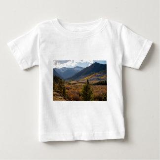 T-shirt Pour Bébé Vue portaile est d'automne