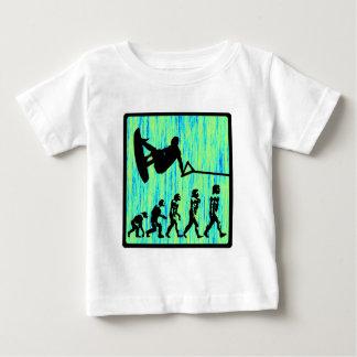 T-shirt Pour Bébé Wakeboard a dénommé l'évolution