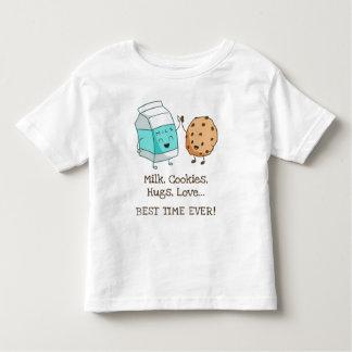 T-shirt Pour Les Tous Petits Ce qui se produit aux séjours de la grand-maman