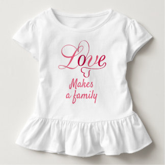 T-shirt Pour Les Tous Petits L'amour fait une famille, cadeaux d'adoption