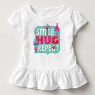 T-shirt Pour Les Tous Petits Sourire des trolls |, étreinte, répétition