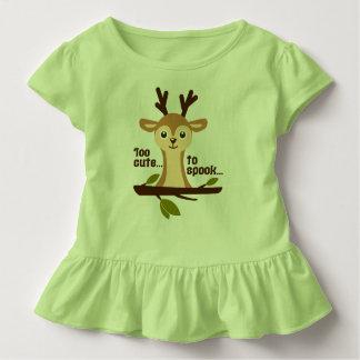 """T-shirt Pour Les Tous Petits """"Trop mignon vert brun de Halloween de cerfs"""