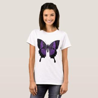 T-shirt pourpre de papillon