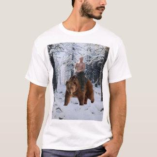 T-shirt Poutine sur un ours