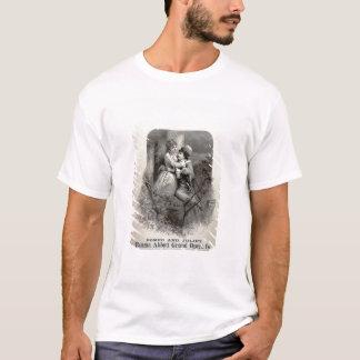 """T-shirt Publicité pour """"Romeo et Juliet"""", tenant le"""