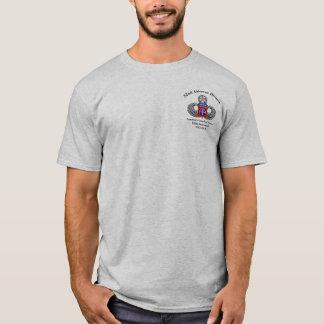 T-shirt quatre-vingt-deuxième La livraison durant la nuit
