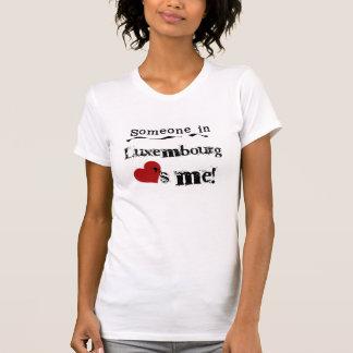 T-shirt Quelqu'un au Luxembourg m'aime