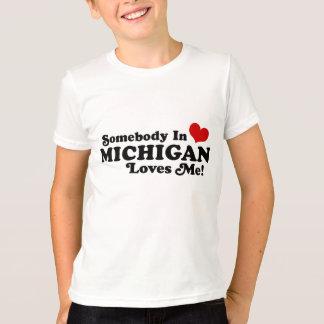 T-shirt Quelqu'un au Michigan m'aime
