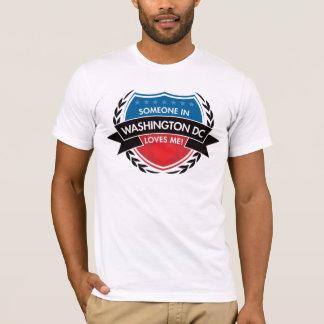 T-shirt Quelqu'un dans le Washington DC m'aime