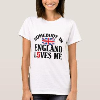 T-shirt Quelqu'un en Angleterre m'aime