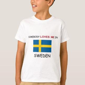T-shirt Quelqu'un m'aime en SUÈDE
