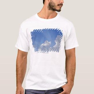 T-shirt Rayons de soleil par des nuages, d'Orcia de Val,