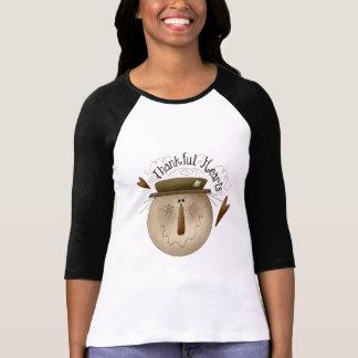 T-shirt reconnaissant de coeurs de thanksgiving