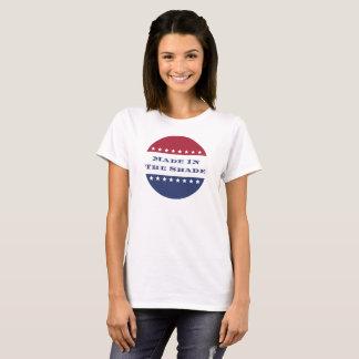 T-shirt Rendu à la nuance patriotique
