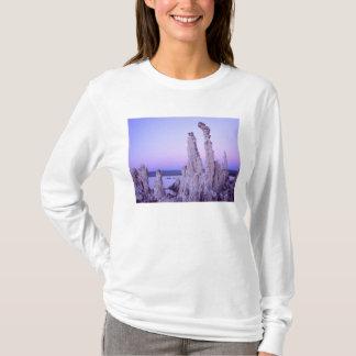 T-shirt Réservation mono de lac. La Californie. LES