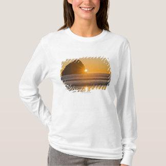 T-shirt Roche de rayon de soleil et de meule de foin au