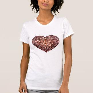 T-shirt rouge embrouillé de coeur