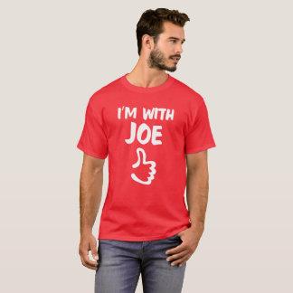 T-shirt Rouge je suis avec la chemise de Joe
