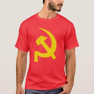 T-shirt russe soviétique de marteau et de faucille