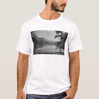 T-shirt Scène de lac Stillwater