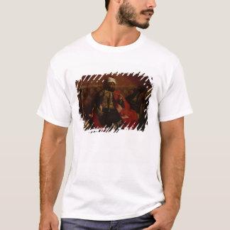 T-shirt Se reposer de tabagisme de Turc sur un sofa,
