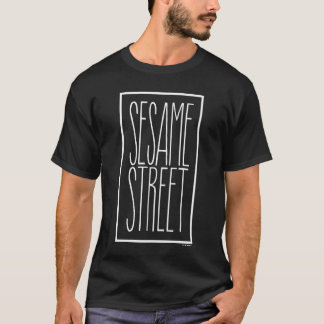T-shirt Sesame Street empilé