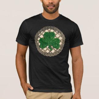 T-shirt Shamrock, trellis et noeuds celtiques sur la