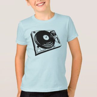T-shirt shortys_turntable