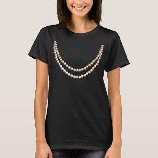 T-shirt Si chic en perles : Fausse conception de collier