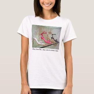 T-shirt Si l'achat un d'ajustements de chaussure… dans