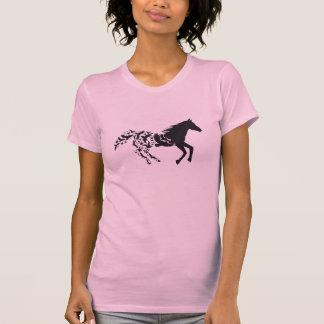 T-shirt Silhouette noire de cheval avec des oiseaux de vol