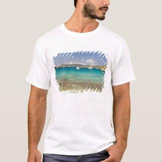 T-shirt Snorkelers dans la crique idyllique d'enfoncement