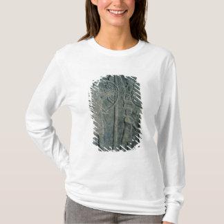 T-shirt Soulagement dépeignant la chasse des oiseaux dans