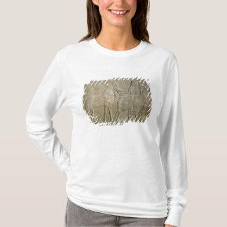T-shirt Soulagement dépeignant les tributaires de Sargon