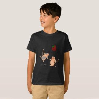 T-shirt Souris jumelles attrapant une fraise