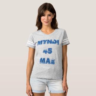 T-shirt sportif de Myndi Mae 45