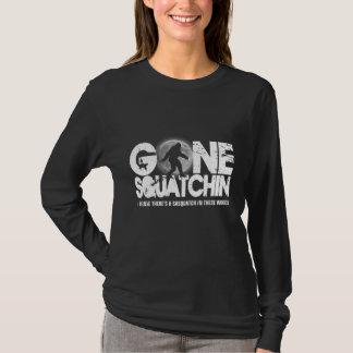 T-shirt Squatchin allé, silhouette de sasquatch avec la