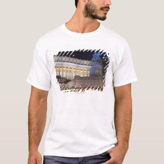 T-shirt Staue et colonnes au monument Vittorio